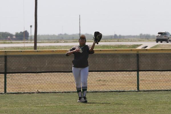 2018-April-16 Softball Reagan County