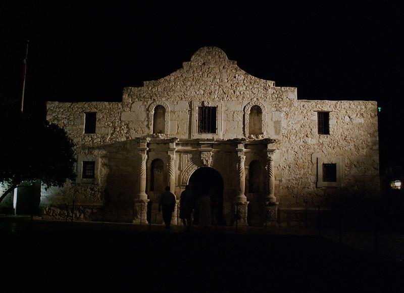 NEW 197 cleaner, Alamo at night.JPG