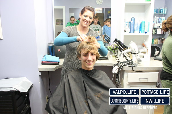 VHS Boys Cross Country Shaves Heads for State Meet 2010