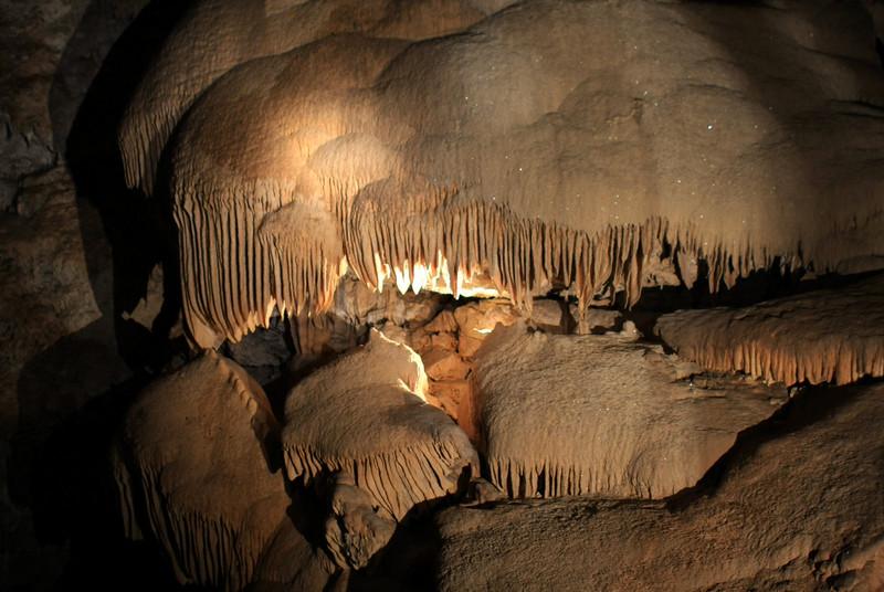 Caves 081.jpg