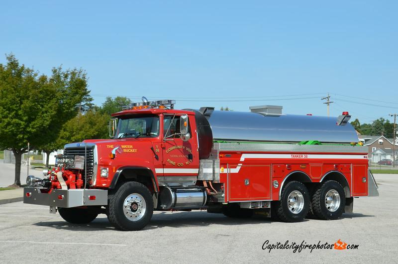Yorkana Tanker 38: 1996 Ford/2014 4 Guys 750/3000
