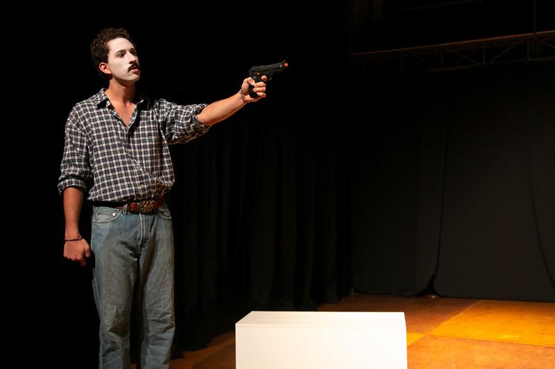Allan Bravos - essenCIA Teatro - Persona 07-156.jpg