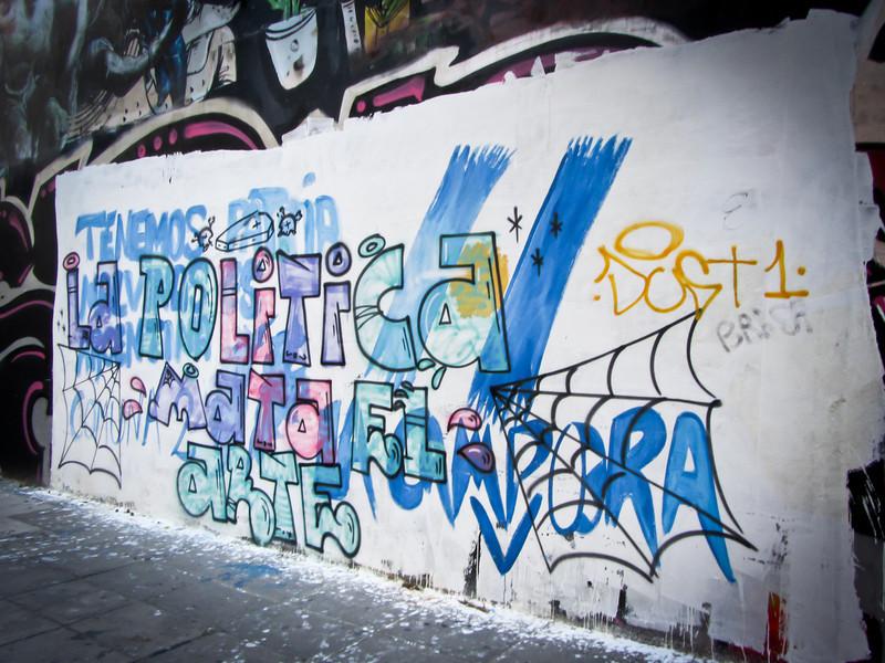 Buenos Aires 201203 Graffitimundo Tour (95).jpg