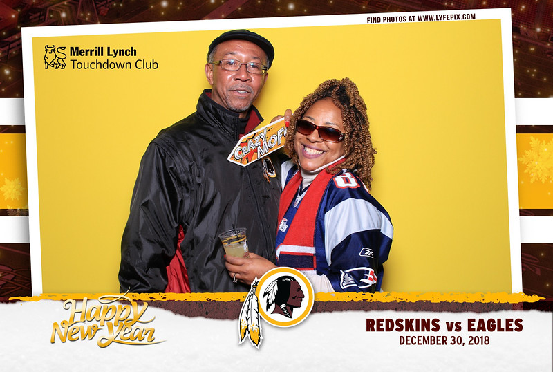 washington-redskins-philadelphia-eagles-touchdown-fedex-photo-booth-20181230-160550.jpg