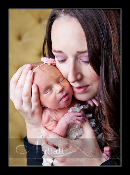 Olivia Newborn-037.jpg