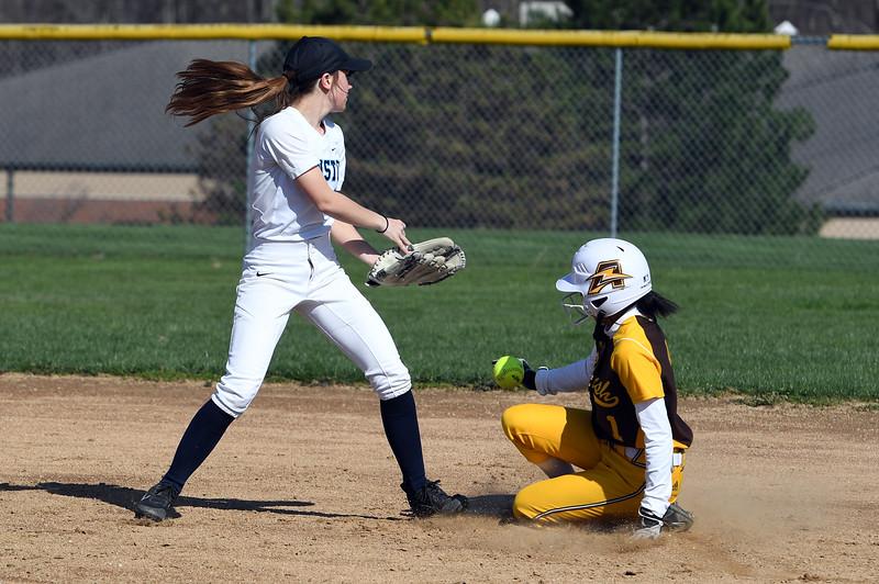 softball_8927.jpg