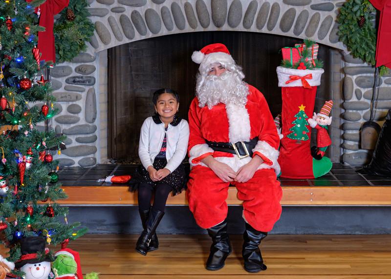 CB Santa 2019-7975.jpg