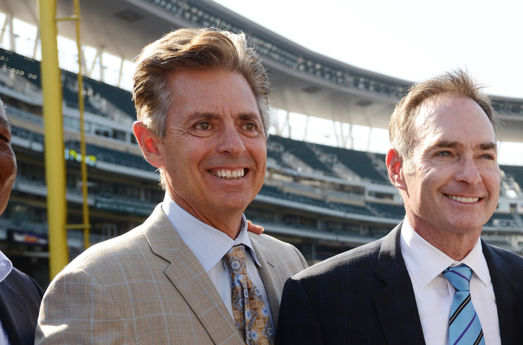 . #10 -- Former Minnesota player Roy Smalley ( left, with Paul Molitor) was the Twins\' primary DH in 1985 and 1986; in \'86, he hit 20 home runs and had 57 RBIs and a .246 batting average. (Pioneer Press: Richard Marshall)