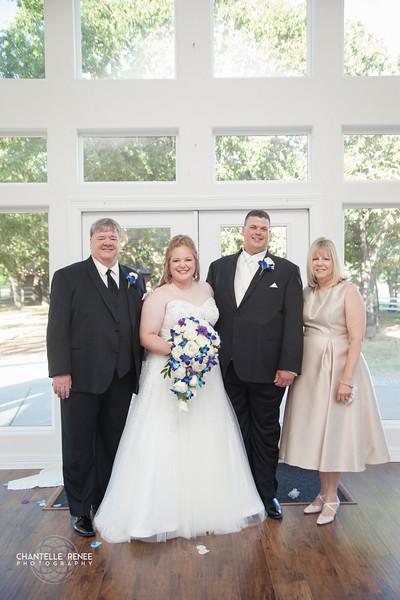 CRPhoto-White-Wedding-Social-414.jpg