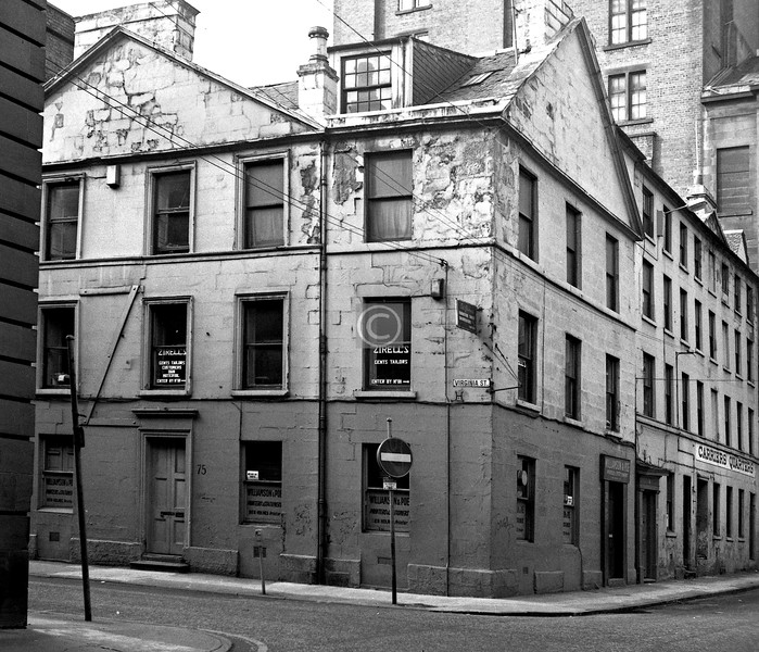 Corner of Virginia St and Virginia Place. c1800 town house, now a car park. 