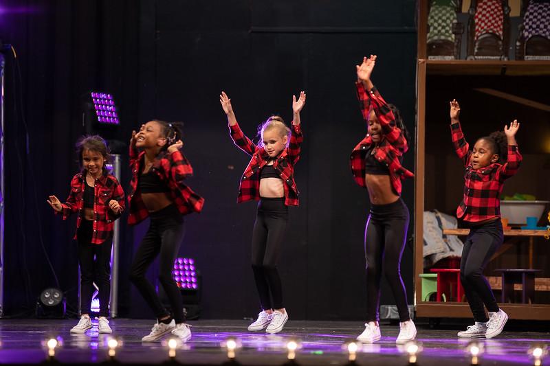 Dance Productions Recital 2019-243.jpg