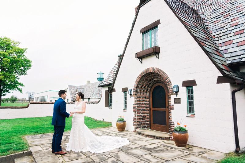 jamie-matt-wedding-at-packard-proving-grounds-intrigue-photography--141.jpg