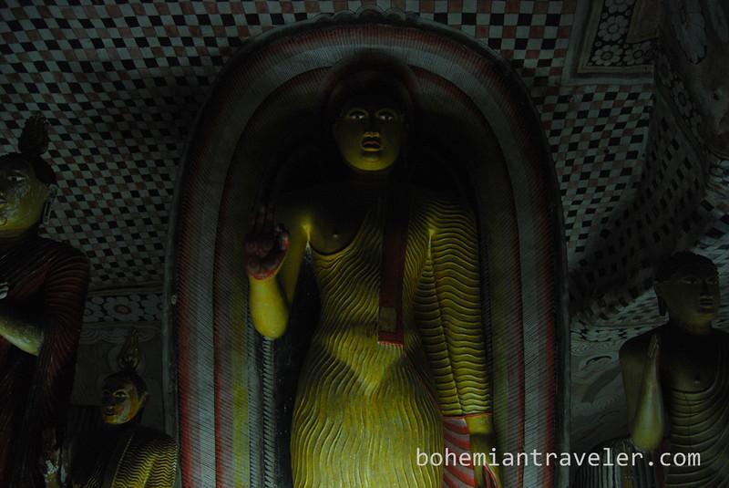 Cave Temples at Dambulla (4).jpg
