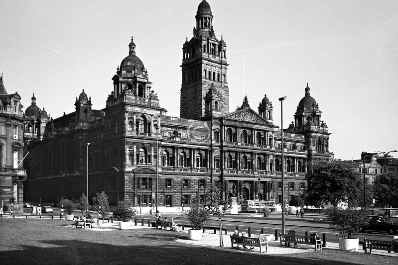City Chambers, a familiar building from an unfamiliar viewpoint. Enough time elapsed before the erection of George House in 1979 for the council to lay down some turf and set up a few park benches.  
