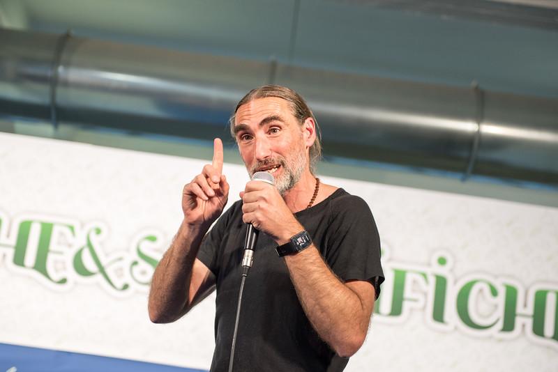 lucca-veganfest-conferenze-e-piazzetta-025.jpg