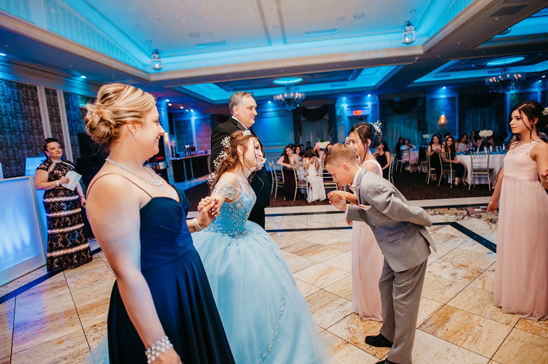 First Dance Images-118.jpg