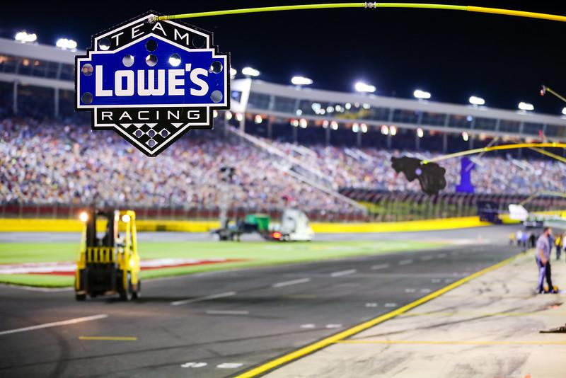 NASCAR_Lowes_182.jpg
