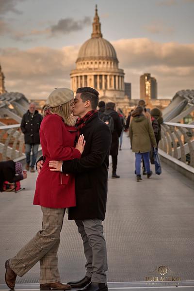 London-engagement-photoshoot 23.jpg