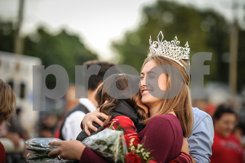 9-28-18 Bluffton HS Homecoming Court-Game-160.jpg