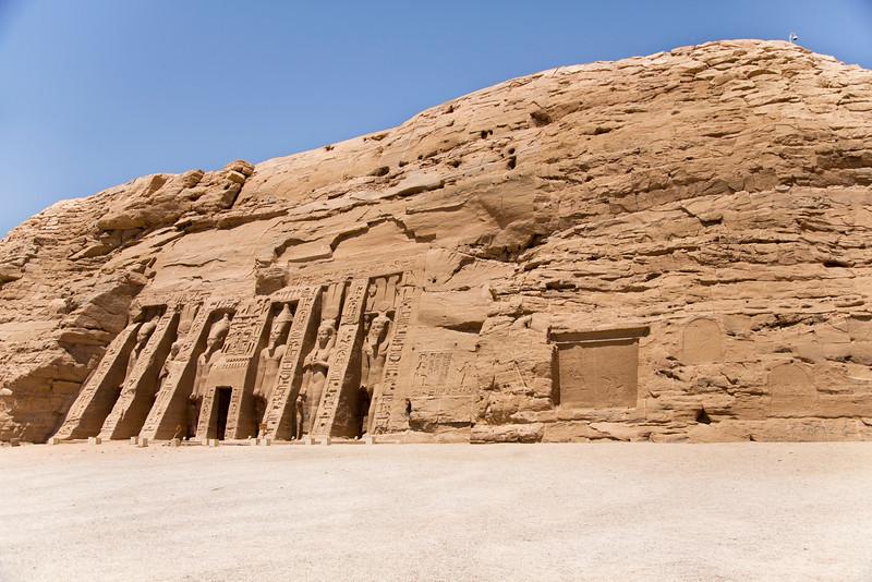 Temple of Nefertari (Ramses II primary wife)