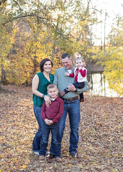 Vicat Family Fall 2019_3.jpg