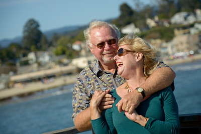 6545_d800b_Michael_and_Rebecca_Capitola_Wharf_Couples_Photography