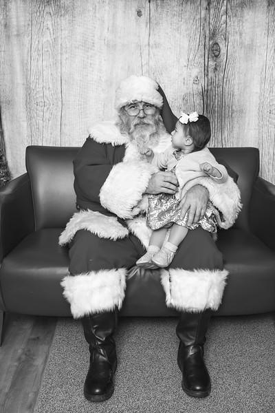 Ameriprise-Santa-Visit-181202-5040-BW.jpg