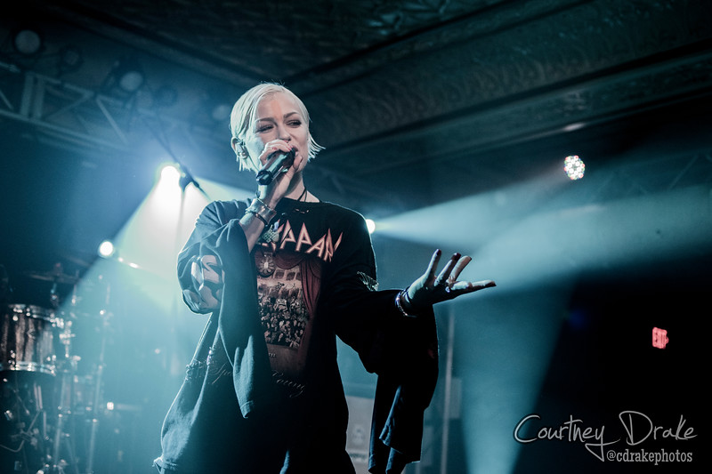 Tonight Alive-8.jpg