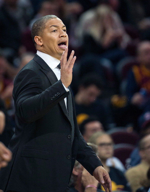 . Cleveland Cavaliers\' head coach Tyronn Lue calls out instructions to the his team as they play the New York Knicks during the second half of an NBA basketball game in Cleveland, Tuesday, Oct. 25, 2016. The Cavaliers won 117-88. (AP Photo/Phil Long)