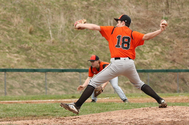 19 04 17 Towanda  vs Wellsboro VBB