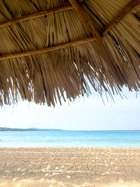 Gotta get up early to secure a good palapa