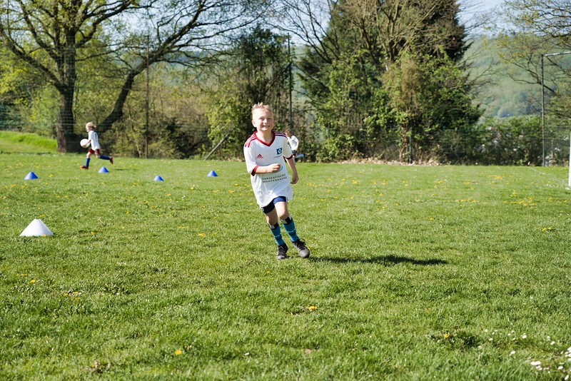 hsv-fussballschule---wochendendcamp-hannm-am-22-und-23042019-w-17_47677904192_o.jpg