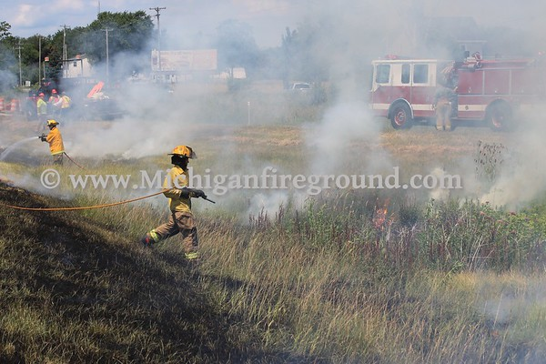 7/7/17 - Mason grass fire, Northbound US-127 entrance ramp from Barnes Rd