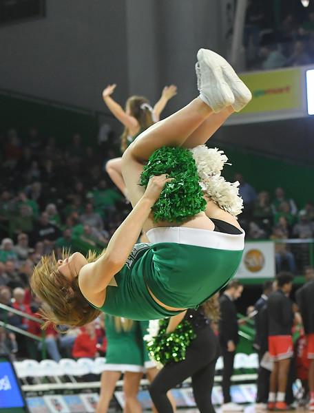 cheerleaders5098.jpg