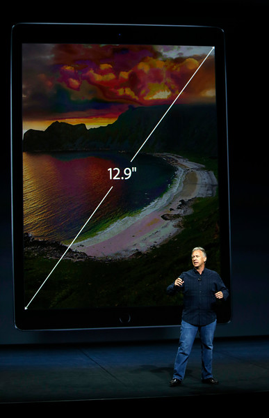 Apple product launch introduces new Watch, iPad