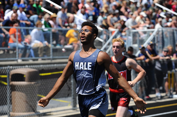 D4 Boys and Girls' 400 Meters - 2018 MHSAA LP T&F Finals
