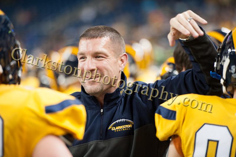 2014 Clarkston Varsity Football vs. Saline 700.jpg