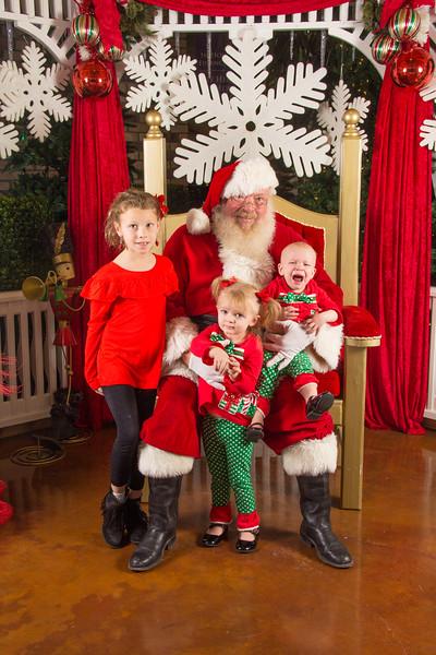 Santa 12-16-17-164.jpg