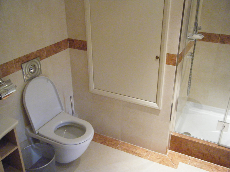 One of the bathrooms in the bedroom on the second floor (top floor, two abbove the ground level).