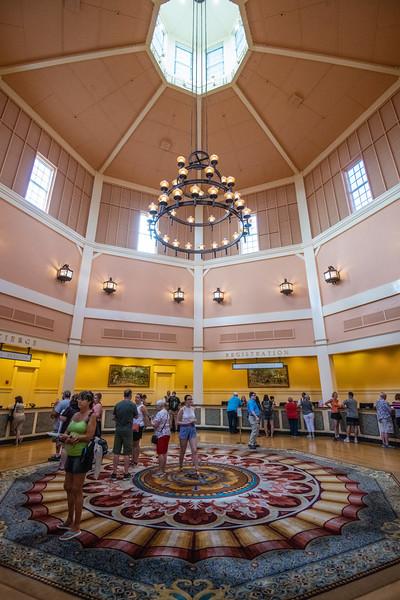 Dinsey Resorts-2-686.jpg