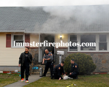 01-26-17 HICKSVILLE HOUSE FIRE 3 DOGS SAVED
