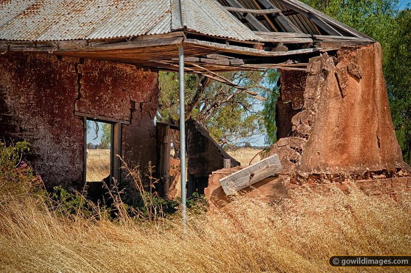 Riegal homestead ruins, Terrick Terrick NP