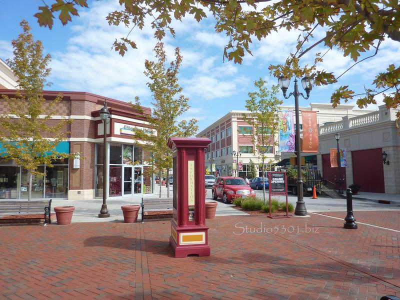 ZonaRosa  mall 0910 KC (2).JPG