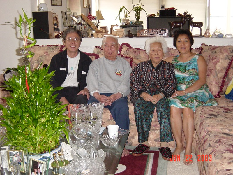 2003-06 Tua-Y at May's Home 015.jpg