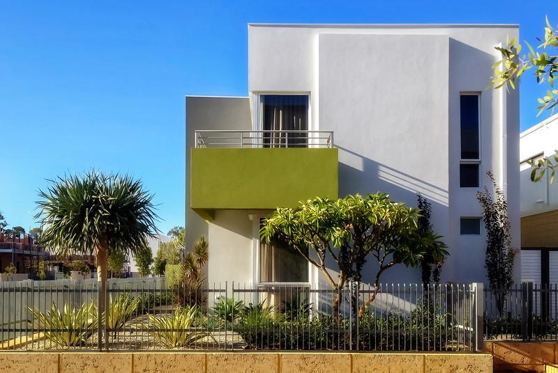 Olive Balcony House No.1