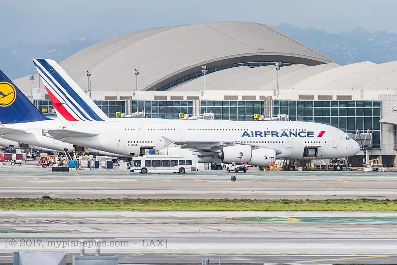 F20170218a143914_4771-Airbus A380-861-Air France-F-HPJE.jpg