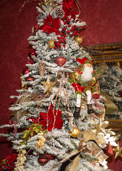 Monthaven Christmas Tree Judging - November 11, 2016