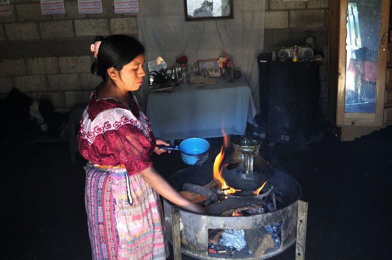 Guatemala Stove Project, Traditional Mayan cooking stoves, Pierre Fortier