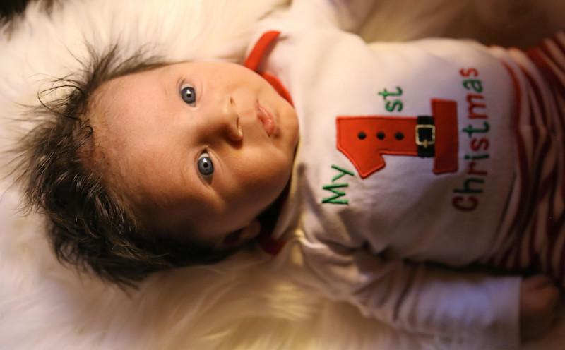 IMG_3113_Medel Newborn.jpg
