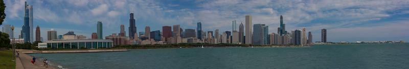 Chicago Skyline Panorama.jpg